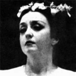 Lambelet Georgios  (Fofi Sarantopoulou) - Girl Wreathed With Flowers